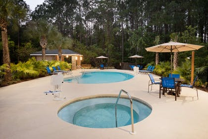 Pool | Homewood Suites by Hilton Jacksonville Deerwood Park