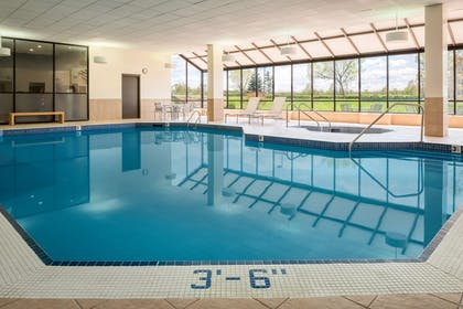 Pool | Embassy Suites by Hilton Milwaukee Brookfield