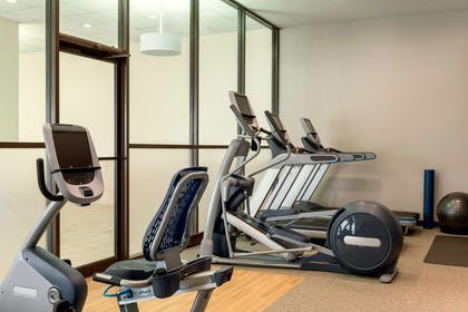 Health club | Embassy Suites by Hilton Milwaukee Brookfield