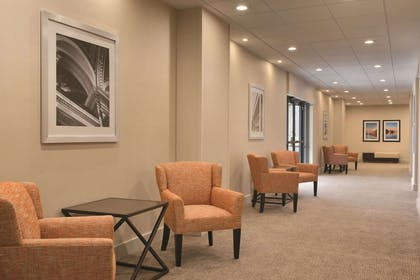 Meeting Room | Embassy Suites by Hilton Milwaukee Brookfield