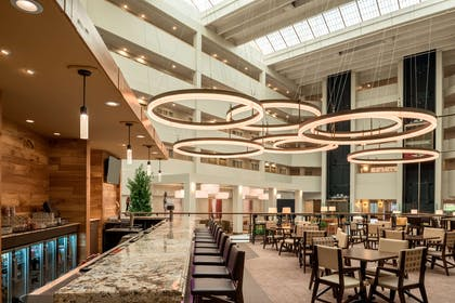 BarLounge | Embassy Suites by Hilton Milwaukee Brookfield