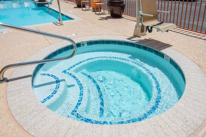Pool | Hampton Inn & Suites Phoenix East Mesa