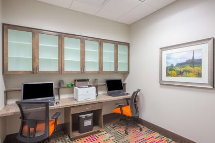 Business Center | Hampton Inn & Suites Phoenix East Mesa