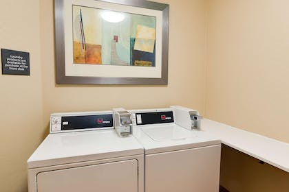 Property amenity | Hampton Inn White House