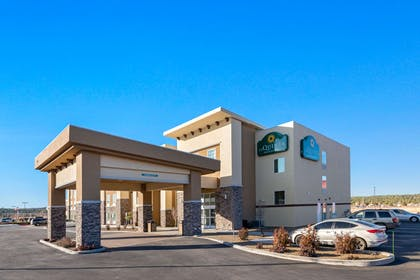 Exterior | La Quinta Inn & Suites by Wyndham Williams-Grand Canyon Area