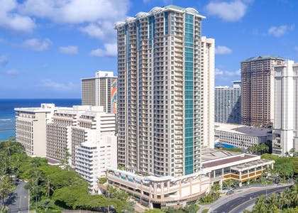 Exterior | The Grand Islander by Hilton Grand Vacations