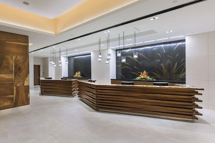 Reception | The Grand Islander by Hilton Grand Vacations