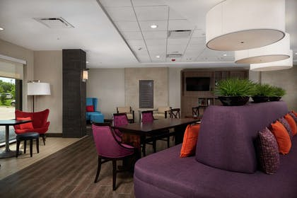 Lobby   Home2 Suites by Hilton Muskogee