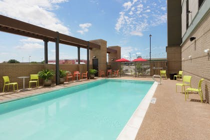 Pool | Home2 Suites by Hilton Waco
