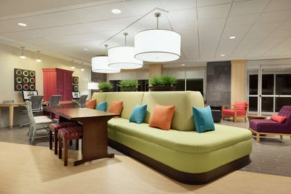 Lobby | Home2 Suites by Hilton Roseville Minneapolis