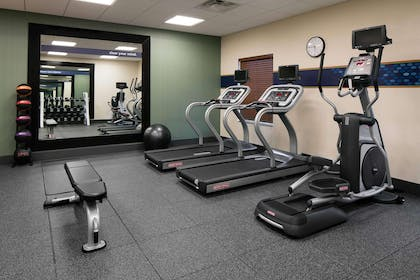 Health club | Hampton Inn & Suites Hudson
