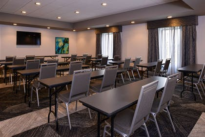 Meeting Room | Hampton Inn & Suites Cincinnati-Mason