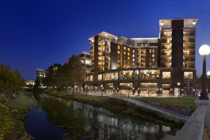 Exterior | Embassy Suites by Hilton Greenville Downtown Riverplace