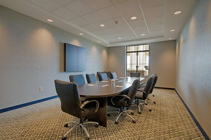 Meeting Room | Hampton Inn & Suites Cazenovia