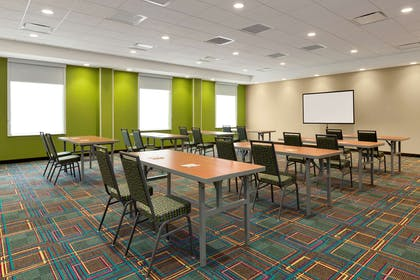 Meeting Room | Home2 Suites by Hilton Hasbrouck Heights