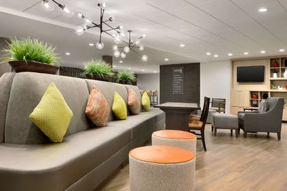 Lobby | Home2 Suites by Hilton Shenandoah The Woodlands