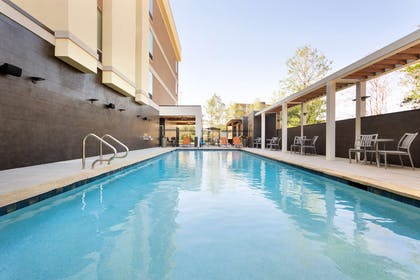 Pool | Home2 Suites by Hilton Shenandoah The Woodlands
