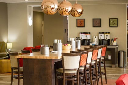 Restaurant | Hampton Inn McPherson