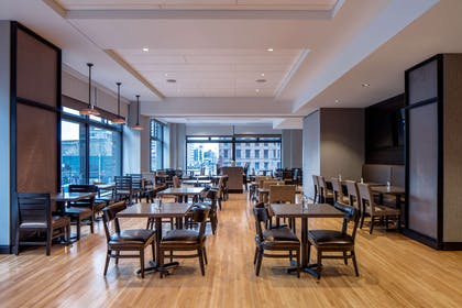 Restaurant | Embassy Suites by Hilton Minneapolis Downtown