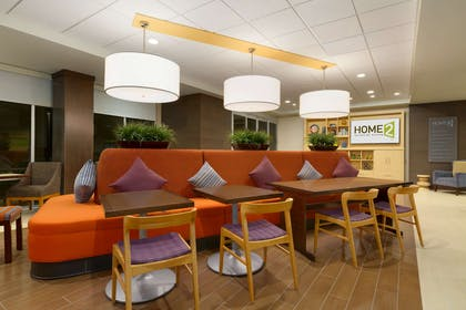 Lobby | Home2 Suites by Hilton Phoenix Chandler