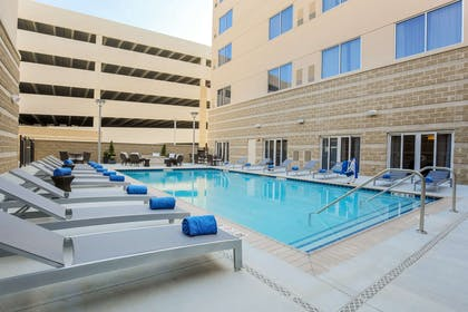 Pool | DoubleTree by Hilton Evansville