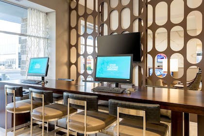 Business Center | DoubleTree by Hilton Evansville