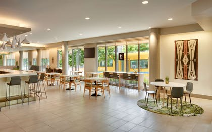 Lobby | Hyatt House Portland/Downtown