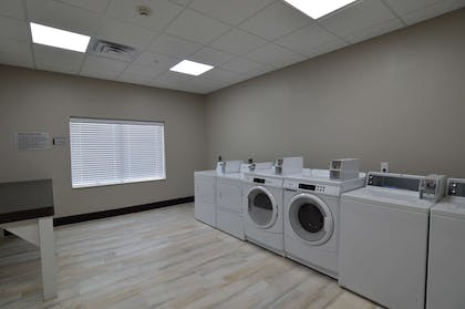 Guest Laundry | Best Western Plus Pasadena Inn and Suites