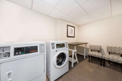 Laundry | Wingate By Wyndham Miami Airport