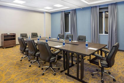 Meeting Room   Wingate By Wyndham Miami Airport