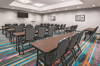 Meeting Room | La Quinta Inn & Suites by Wyndham Dallas Grand Prairie North