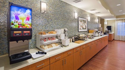 Breakfast Area   Best Western Plus Tuscumbia Muscle Shoals Hotel and Suites