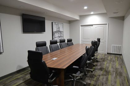 Allow our professional staff to take care of you and your party in our boardroom. | Best Western Plus Bay City Inn & Suites