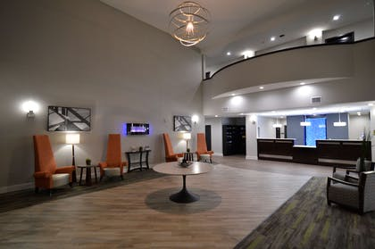 Friendly Staff available 24 Hours a day | Best Western Plus Bay City Inn & Suites
