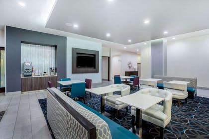 Restaurant | La Quinta Inn & Suites by Wyndham Houston Cypress
