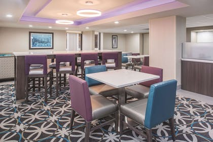 Property amenity | La Quinta Inn & Suites by Wyndham Festus - St. Louis South