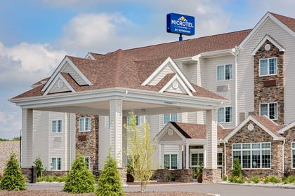 Exterior | Microtel Inn & Suites by Wyndham Clarion
