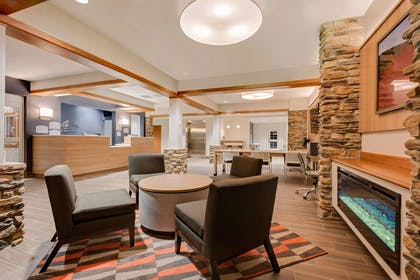 Lobby | Microtel Inn & Suites by Wyndham Clarion