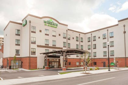 Exterior | Wingate by Wyndham Altoona Downtown/Medical Center