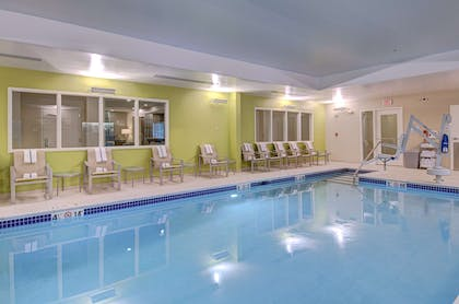 Pool | Hampton Inn Boston - Westborough