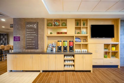 Lobby | Home2 Suites by Hilton Bowling Green