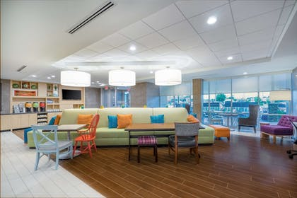 Lobby   Home2 Suites by Hilton Bowling Green