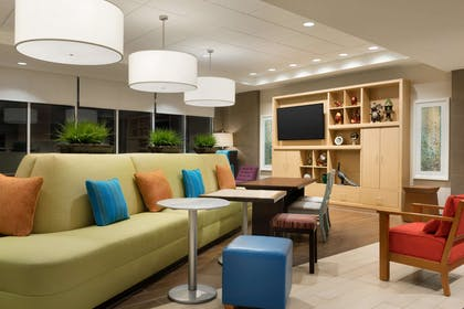 Lobby | Home2 Suites by Hilton Middleburg Heights Cleveland