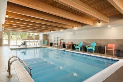 Pool | Home2 Suites by Hilton Middleburg Heights Cleveland