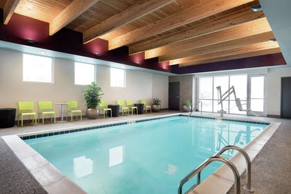 Pool   Home2 Suites by Hilton Cleveland Independence