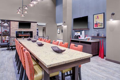 Restaurant | Hampton Inn And Suites By Hilton Columbus Scioto Downs