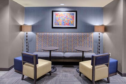 Lobby | Hampton Inn And Suites By Hilton Columbus Scioto Downs