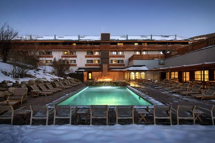 Pool | DoubleTree by Hilton Vail