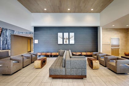 Lobby | DoubleTree by Hilton Vail