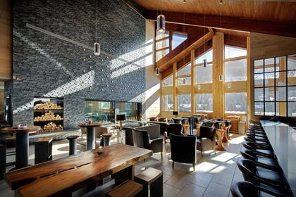 Restaurant | DoubleTree by Hilton Vail